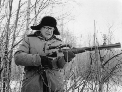 Tiedosto:Kekkonen armed and dangerous.jpg