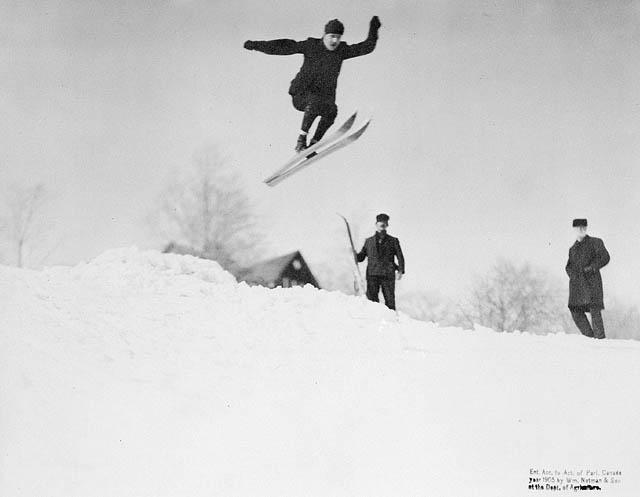 File:Flying hill.jpg