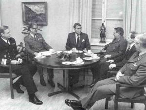 Tiedosto:Koivisto-1987.jpg