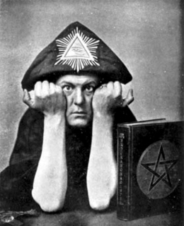Aleister Crowley in Hat.jpg