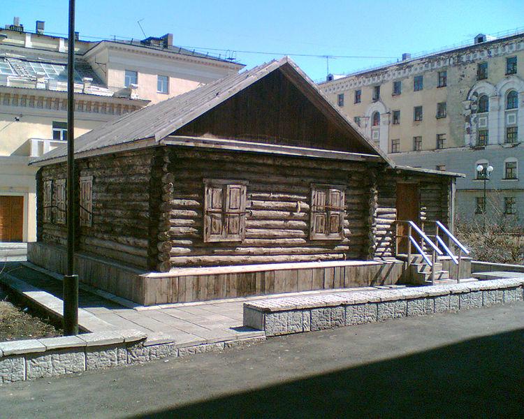 Image:Norilsk first house.jpg