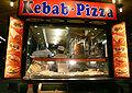 800px-Wien Bellaria Kebab Pizza Dez2006.jpg