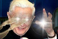 Ratzinger amenazando.jpg