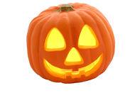 Uma abóbora de Halloween e o seu sorriso alucionante...Não olhe mais de 10 segundos ou você se transformará em um Zumbi inconsciente.