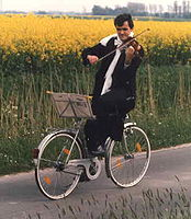 Bicycle-violin.jpg