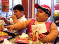 Fat-kits-eating-mcdonalds.jpg