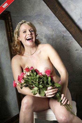 rohkeat alastonkuvat pimppi wikipedia