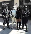 Lady Vader acompañada.png