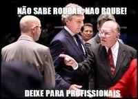 Políticos profisionais.jpg