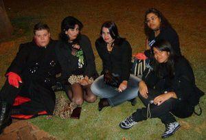 Jonny Scroto e seus miguxos satánicos.jpg
