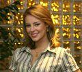 Paola Oliveira profesora.jpg