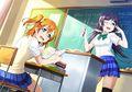 Honoka e Umi na escola estudando funcións.jpg