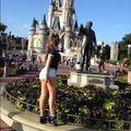 Prostituta en Disneylandia.jpg