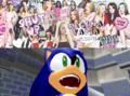 Sonic sobre Regina George bitch.png