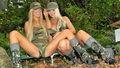 Molly e Tasha Reign no exército.jpg