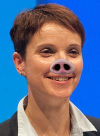 Frauke Petry selepas memakan babi.