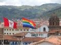 Bandeira do Reino Gay e Lésbico das Ilhas do Mar de Coral em Cusco, Peru.jpg