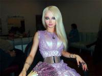 Valerie barbie humana.jpg