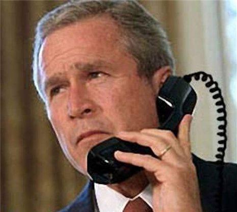 Imagem:Bush-telefone.jpg