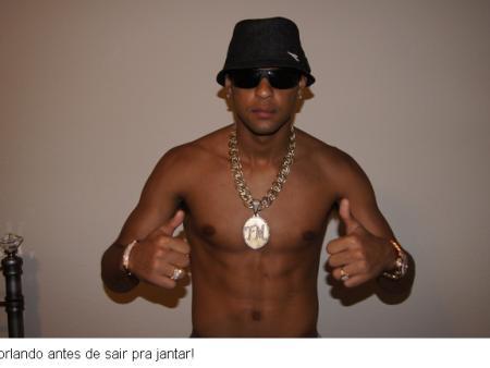 Felipe Melo gangster.jpg