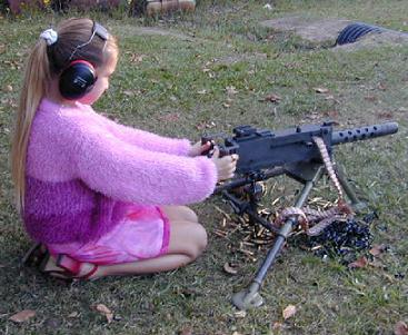 [Image: Garotinha_Machine_Gun.jpg]