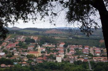 Desterro de Entre Rios Minas Gerais fonte: images.uncyc.org