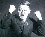 Hitler aufgeregt.jpg