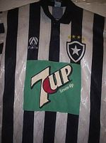 Clássica camisa do Botafogo da 7up.jpg