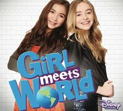 Riley e Maya prontas para conhecer o mundo