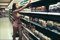Keeley hazell cashback compras short rosa topless.jpg