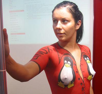 Linux body painting kl.jpg