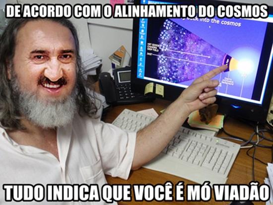 Ficheiro:Ratinho-meme-moh-viadão-24.jpg