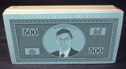 Monopoly money stack.png