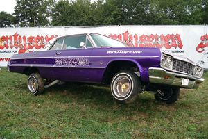 800px-Chevy Impala Coupe Lowrider.jpg