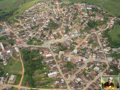 São João do Oriente Minas Gerais fonte: images.uncyc.org